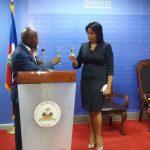 Colombe Émilie Jessy Menos investie dans ses fonctions de ministre chargé des droits humains et de la lutte contre la pauvreté