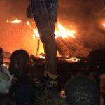 A Saint-Marc, au moins 4 maisons sont parties en fumée, incendie en cours